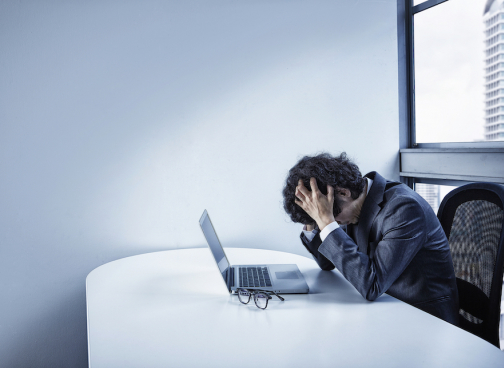 失敗例から学ぶフリーアドレスを成功させるポイントとは?